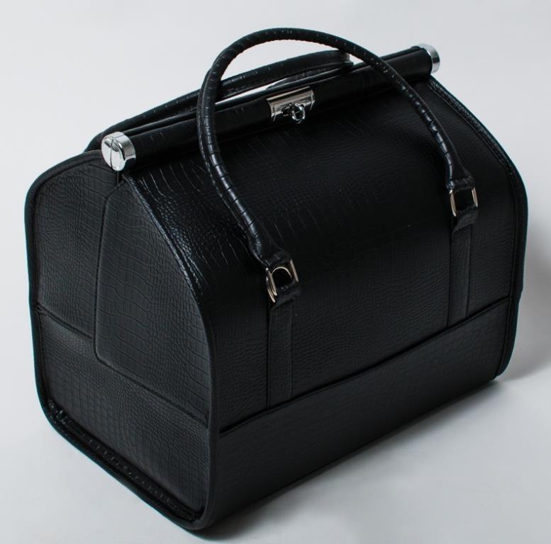 купить чемодан или саквояж для косметики